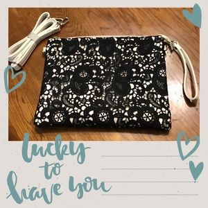 JOANNA HOPE▪️Black Lace Clutch Crossbody Purse